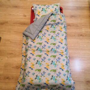 Bélelt ágynemű egyszínű hátlappal