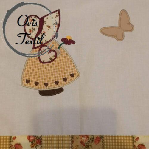 Óvodai bélelt ágynemű- Kislány lepkével